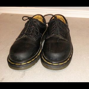 Dr Martens Oxford Youth Size 12 black shoes